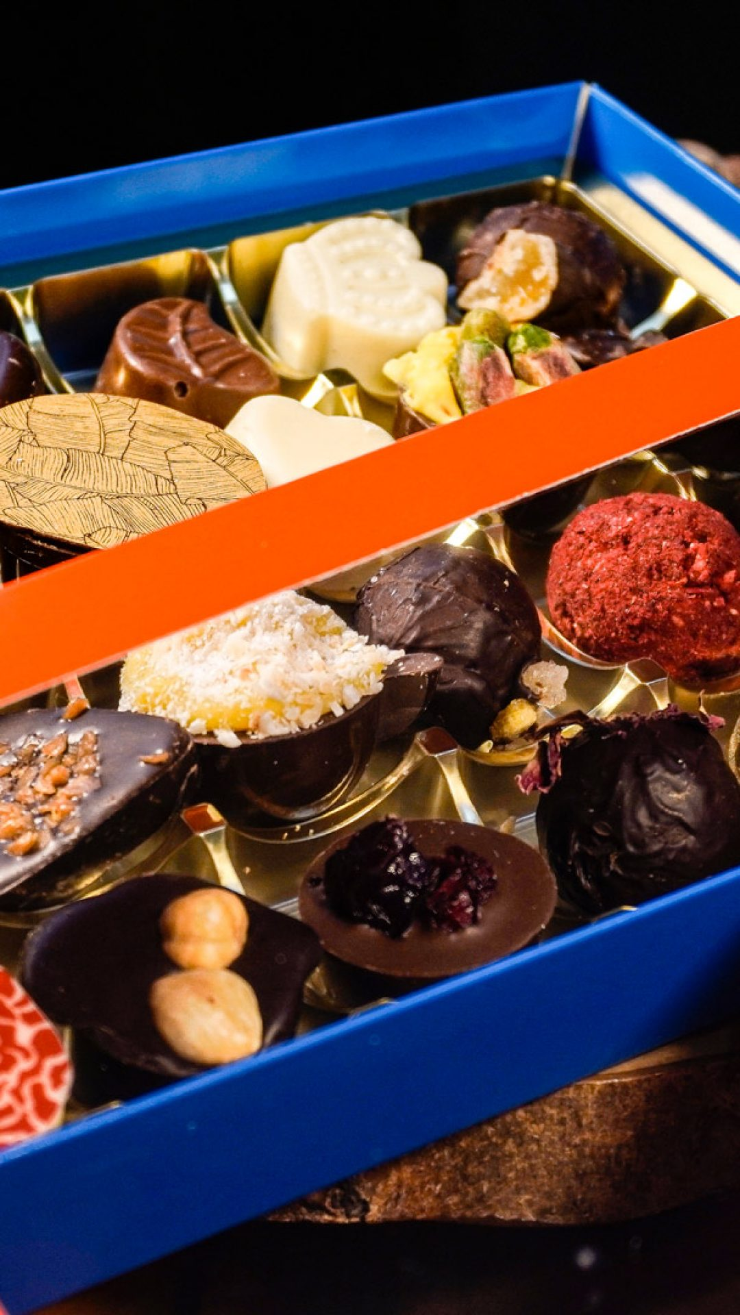 Chocolates by Cenu Cacao